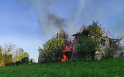 ++ 2 Brände halten Feuerwehren auf Trab++